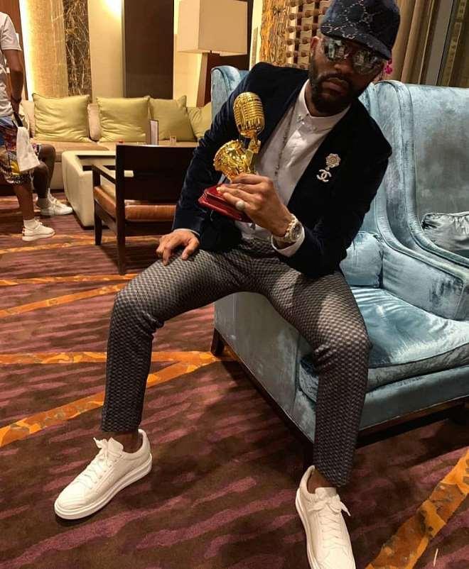 Fally Ipupa, Winner, Best Male Artist In Central Africa, At The 5th Afrima-ghana 2018.jpeg
