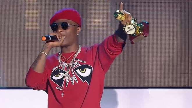 Wizkid, Winner, Artiste Of The Year At 2017 Afrima Awards