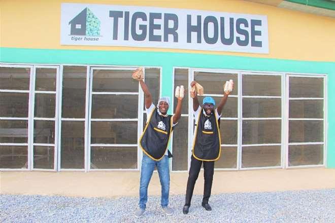 55202165547-g3041r5ddx-undp gh tiger nut 2021 house-small