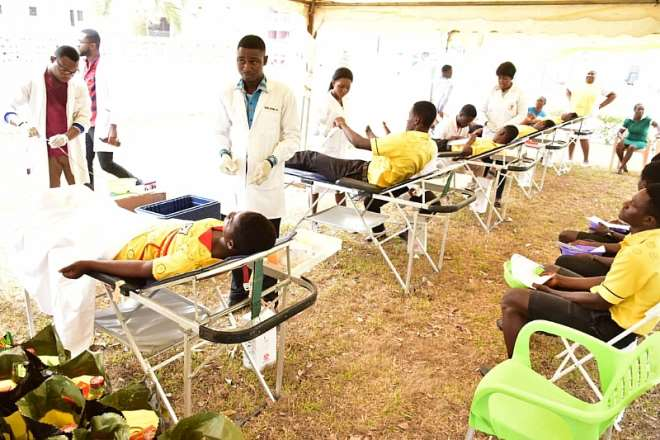 614202040636-osjvm0y442-student-volunteers-from-cape-coast-technical-institute-donating-blood-during-mtn-save-a-life-blood-donation-exercise-at-cape-coast--1