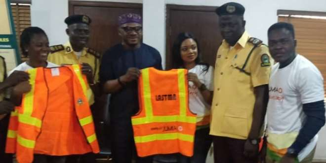 Tosin Iyanda, HR Manager, Jumia Nigeria; Onabanjo Adegbayi  Head, Enforcement Unit, Lagos State Traffic Management Agency (LASTMA); Musa Maroof Olawale, General Manager, LASTMA; Tolulope George-Yanwah, Country Manager, Jumia Services; Adeoye Oluyemi, Head, Operations, LASTMA; and Olukayode Kolawode, PR & Communications Manager, Jumia Nigeria at the donation of 300 protective wear and safety items by Jumia to the Lagos State Traffic Management Agency (LASTMA)