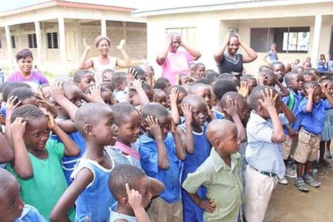 81201985914-nsjum8x432-school-children-benefiting-from-the-school-feeding-programme