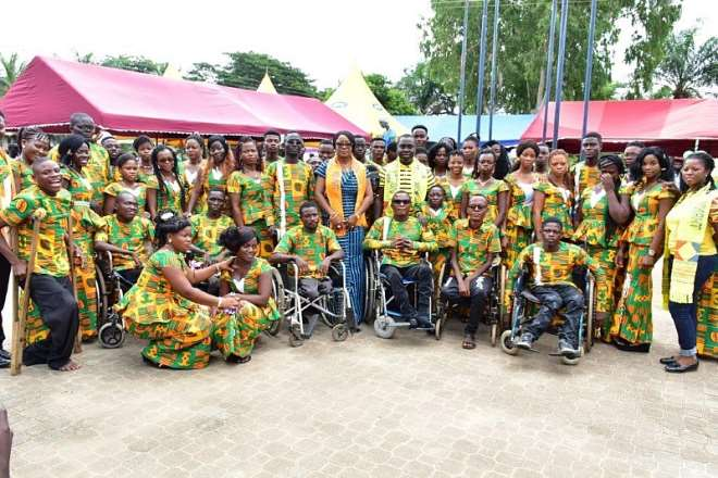 821201975743-qulxoba442-minister-for-gender-and-social-protection-hon-cynthia-morrison-ebenezer-tekpeh-education-portfolio-advisor-of-the-mtn-ghana--foundation-in-a-group-pictures-with-some-of-the-students