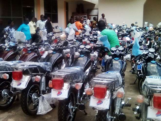 8302019111349-typbsferql-motorbikes-