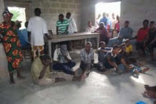 AKWA IBOM ALLEGED WIZARD WITH BROKEN HEAD CRYING FOR HELP.