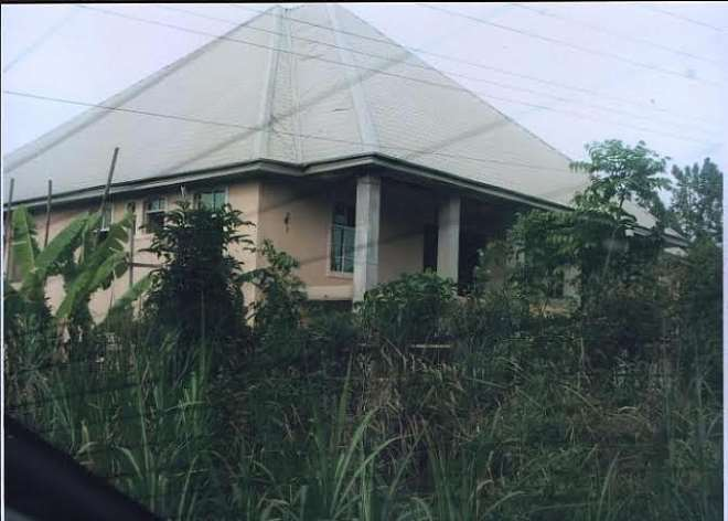 ANOTHER MANSION UNDER CONSTRUCTION ALONG IHITTE UBOMA UMUAHIA ROAD BEING BUILT BY IMO SPEAKER