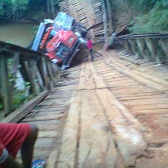 IGWU BRIDGE PHOTO BY EZINWA IHESIABA