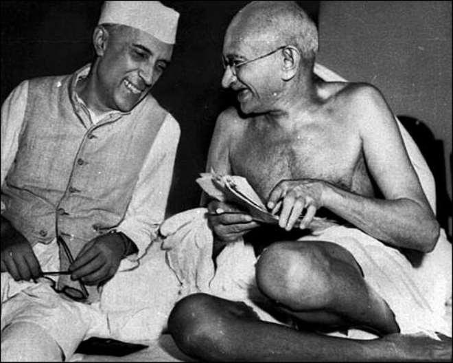 k52ri77hhc gandhi ji with pandit jawahar lal nehru