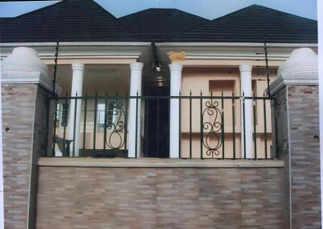 IMO SPEAKER FATHER'S MANSION RENOVATED AND FURNISHED BY SPEAKER UWAJUMOGU.