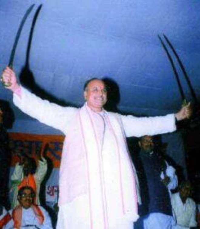 Praveen togaria Vishva Hindu Parishad leader