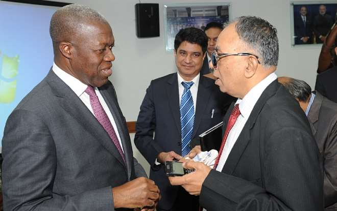 VEEP INTERACTIND WITH SOME CAPTAINS ON INDIAN INDUSTRY (2)