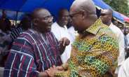 Bawumia Taunts Mahama: Why is he going after the fmr. Prez?