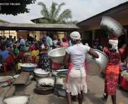 'Kayayei' In Ashanti Region March For Change In Protest Of Harsh Economic Eonditions