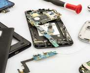 'There's a spiritual reason' — Phone repairer reveals why they toss people