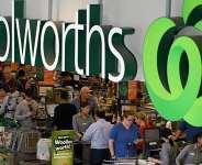 Australian supermarkets test 'overs 60s' access to cope with coronavirus rush