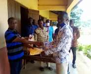Ketu North: Pastor supports Kutsinu Basic School with uniforms