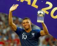 2018  World Cup: Mbappe: France World Cup Star 'Taking Crown From Messi And Ronaldo'