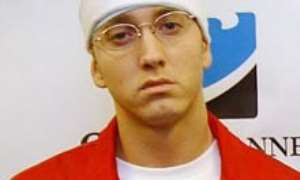 Eminem sees no future relationship with dad