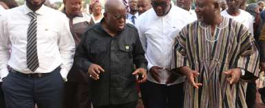 President Akufo-Addo interacting with Davis Nard Korboe (2nd right), Chiarman, National Farmers and Fishermen Award Winners with some executives with them