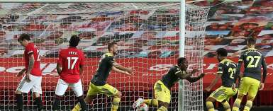 Substitute Obafemi Stuns United With Injury-Time Leveller