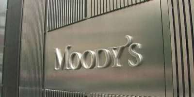 Moody's keeps economy's credit outlook at B3 negative