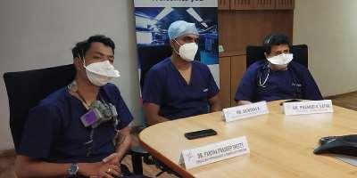 Dr. Partha Pradeep Shetty, Consultant Nephrologist, Dr. Srinivas K, Consultant ENT, Head & Neck Surgeon, and Dr. Pramod V Satya, Consultant – Internal Medicine, Vikram Hospital, Bengaluru (a unit of Manipal Hospitals) along with patient