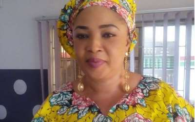 Actress, Rose Odika Gets Ooni of Ife's Approval to Showcase
