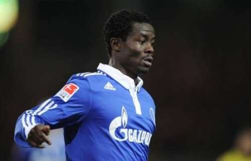 Anthony Annan gets more playing for Schalke in stalemate with Dortmund as  World Cup looms