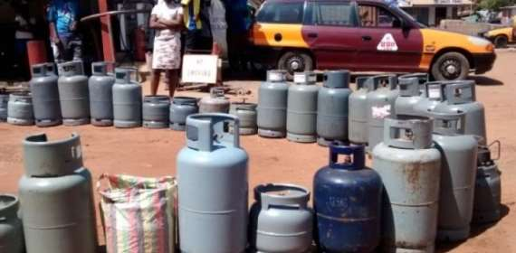 COPEC, Consumer Protection Ask NPA To Drop 'Illegal' Cylinder Investment Margin