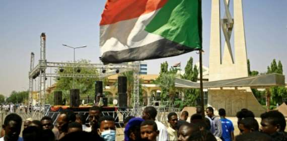 Sudan's PM urges restraint as army and civilian divisions dee