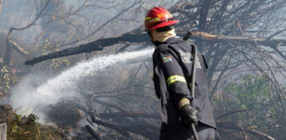 South Africa's Cape Town blaze 'under control'
