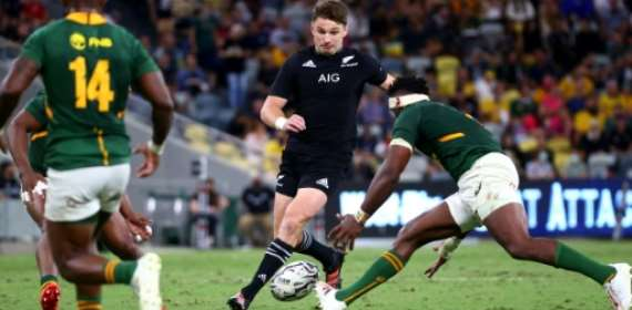New Zealand pip South Africa in 100th Test to claim Rugby Championship