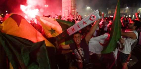 French police arrest hundreds after Algeria football win