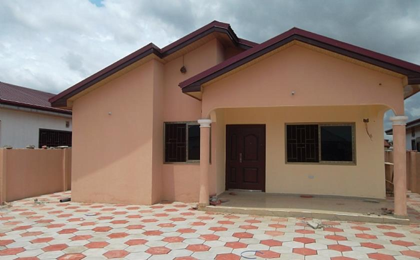3 Bed Rooms Expandable House For Sale At Spintex Road