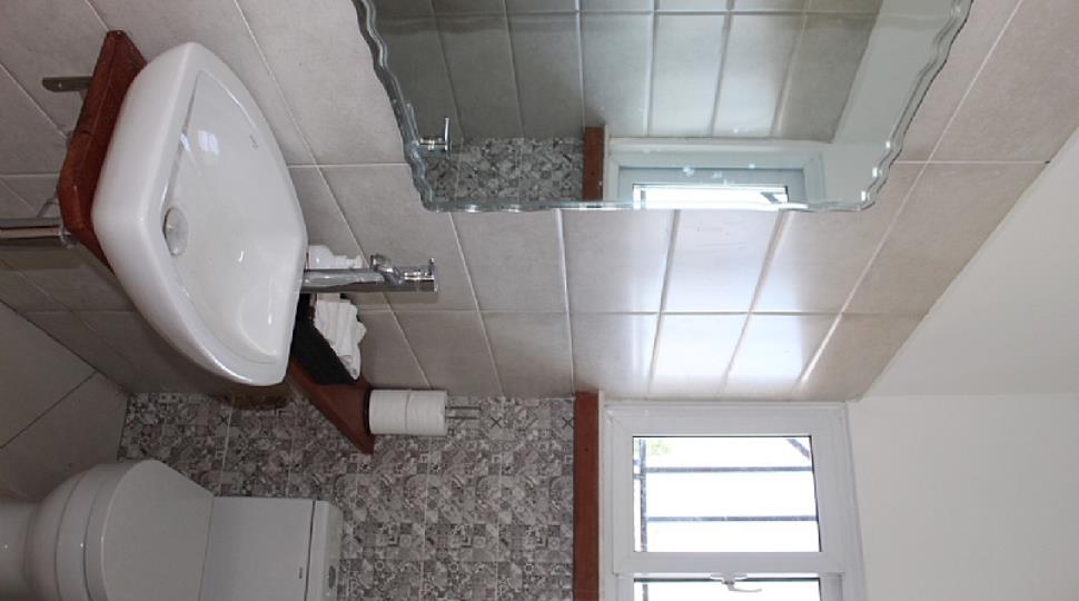 14 Guest Toilet.JPG