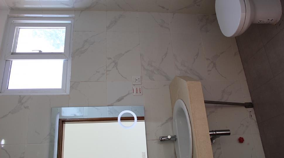 29 1st floor toilet bd1.JPG