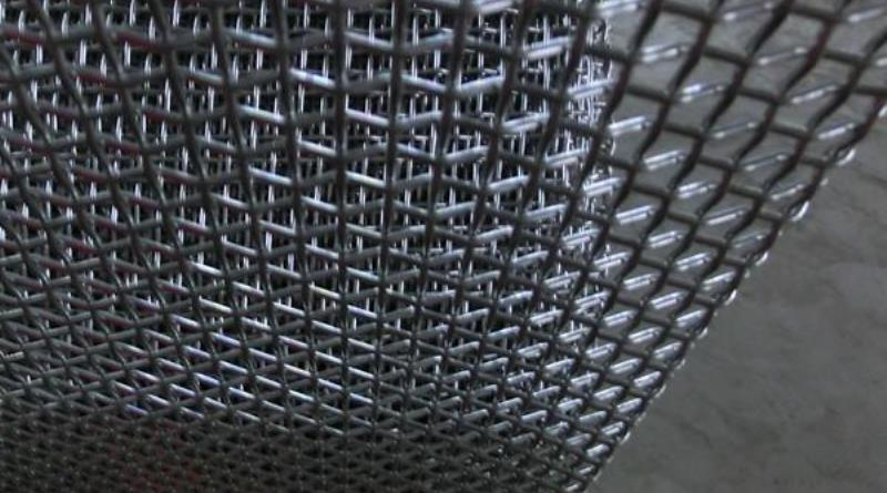 304 crimped wire mesh.jpg