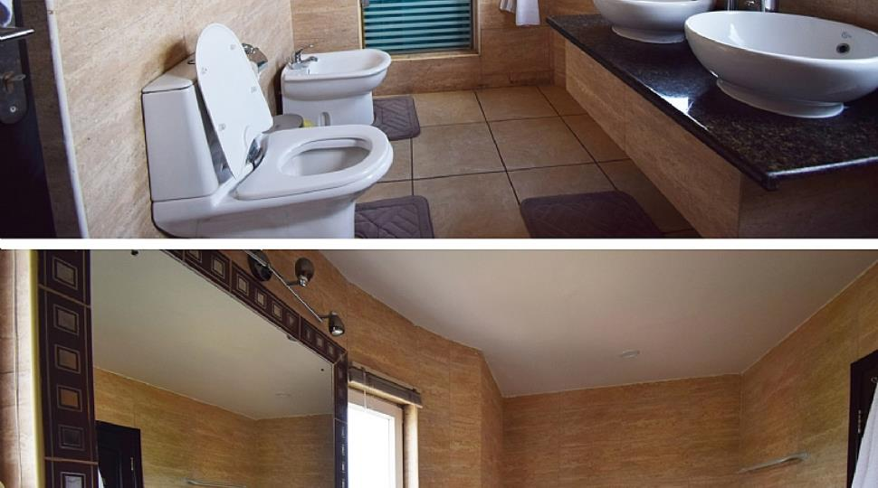 5) Bathroom.jpg