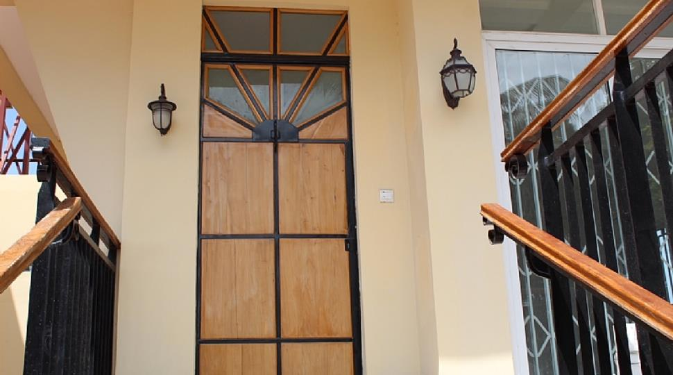 8 Main Entrance.JPG