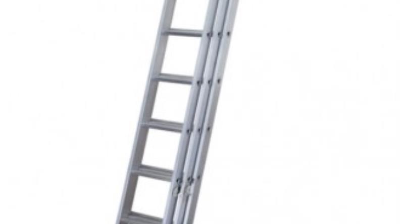 Werner-3-section-trade-ladder-333x372.jpg