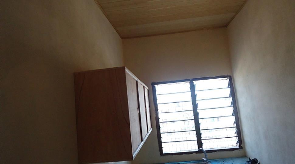 [1]kitchen2.JPG
