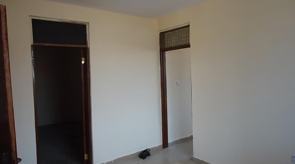 [1]room1.JPG