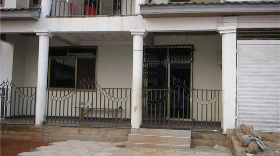 [2]house2.jpg
