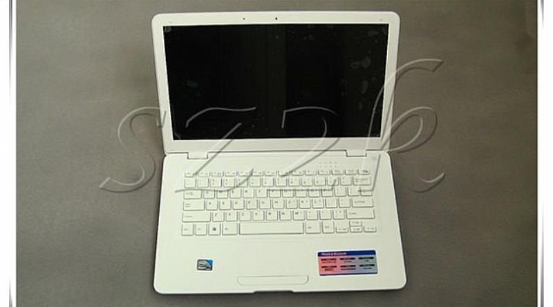 [2]laptop.jpg