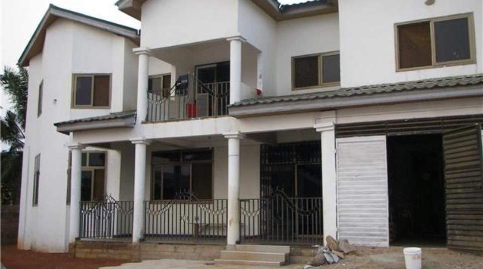 [3]house1.jpg