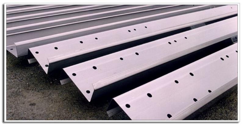 cz steel purlins (4).jpg