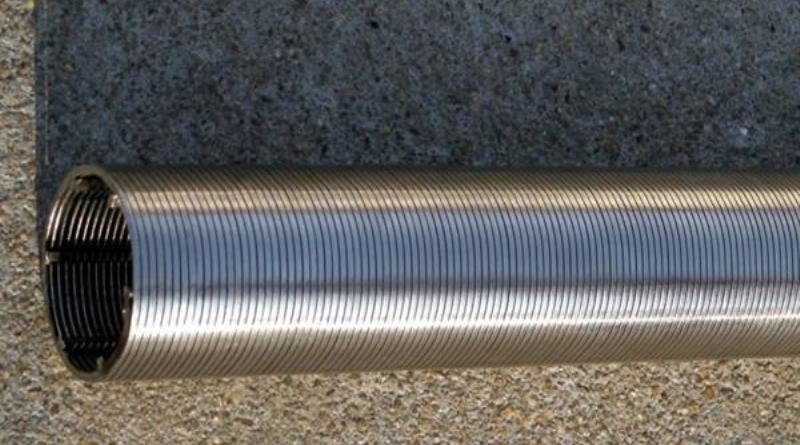stainless steel V shaped profile wire well screen.jpg