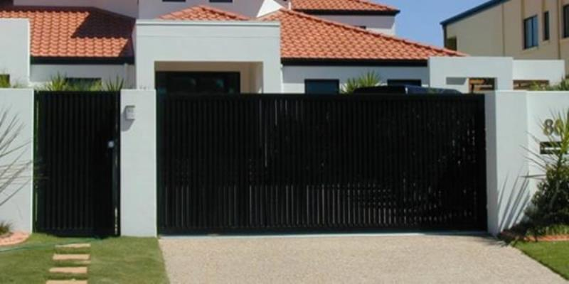 specialty-garage-door-installation2-600x300.jpg