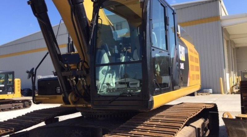 track-excavators-cat-349el-mpz00372-02.jpg