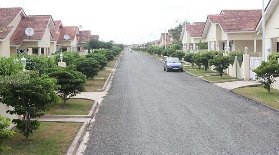 1400276311_646671798_1-gated-estate-2-3-4bedrooms-houses-for-rent-within-tema-tema.jpg